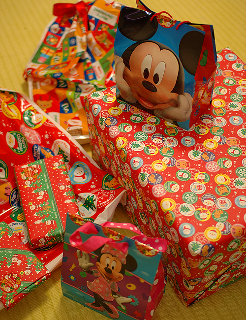 クリスマスプレゼント群