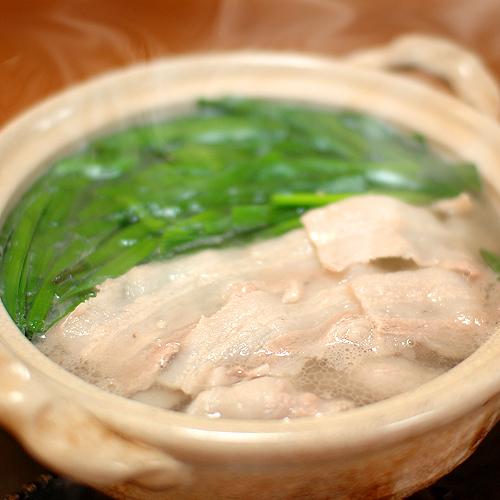 豚バラスライスとニラの常夜鍋