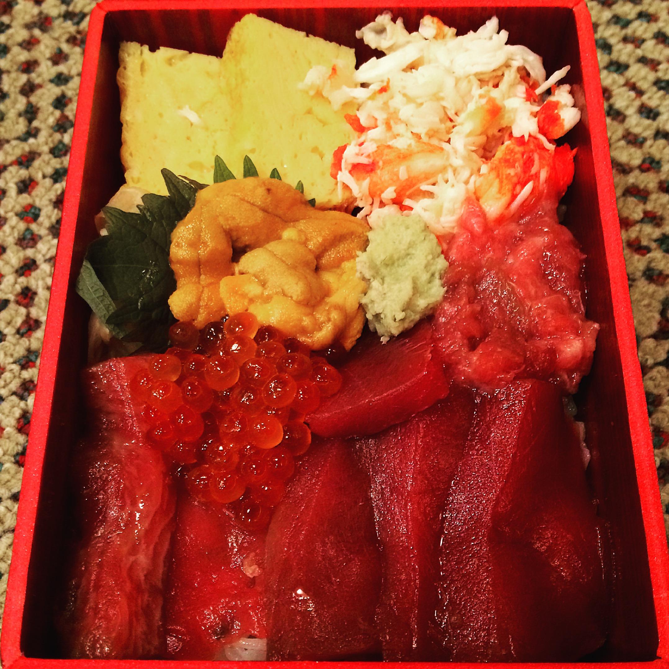 入船寿司のマグロかぶり@美味コレクション