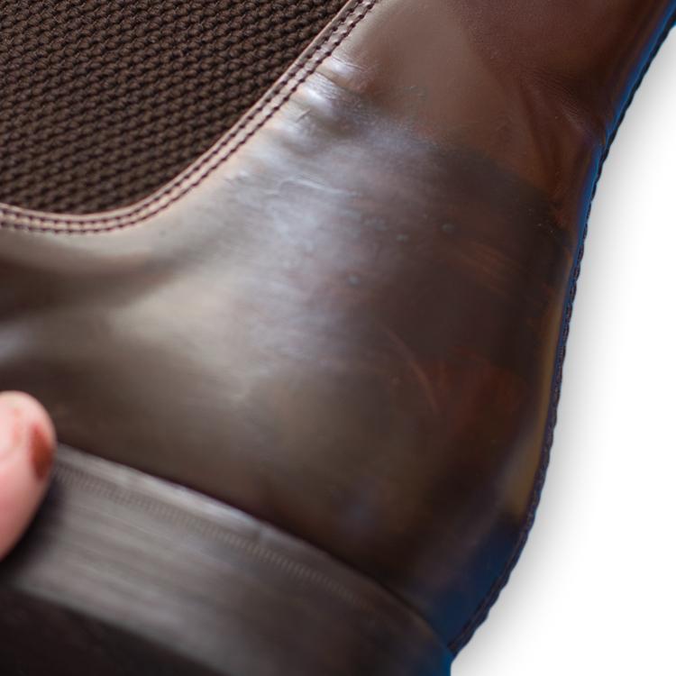 アドカラーで補修した革靴