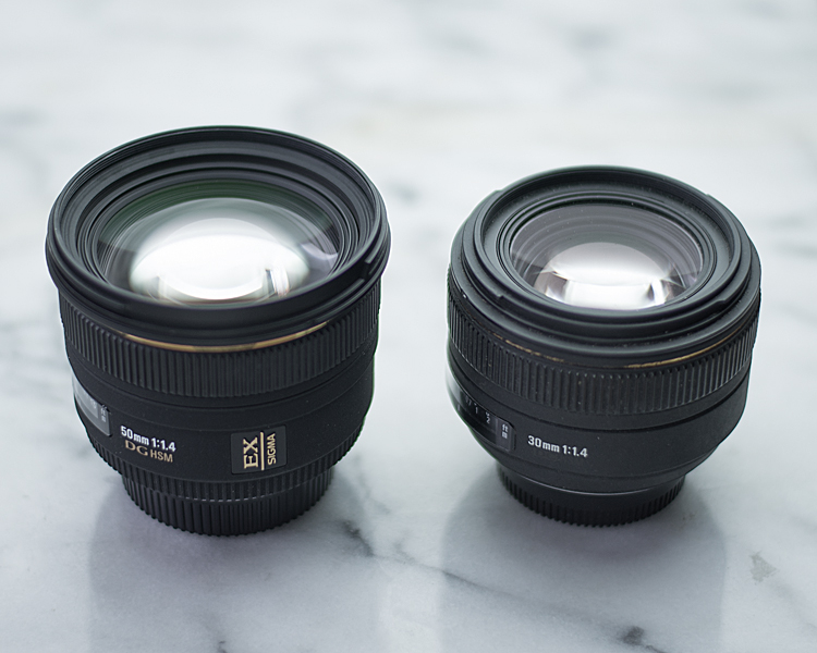 SIGMA 50mm F1.4 EX DG と 30mm F1.4 EX DC のサイズ比較
