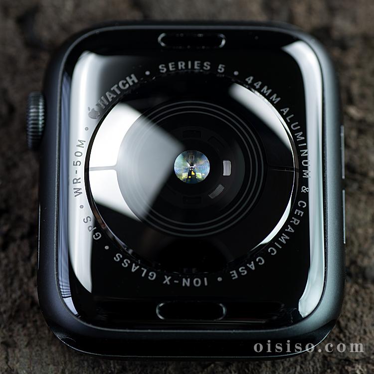 Apple Watch5 セラミックとサファイアクリスタルで作られた裏蓋